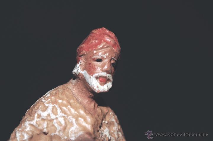 Figuras de Belén: FIGURA DE BELEN O PESEBRE EN TERRACOTA, PASTOR ARRODILLADO CON CESTA - Foto 5 - 40945230