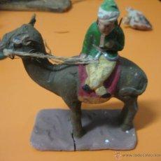 Figuras de Belén: FIGURA BARRO - BELEN - REY - ANTIGUO . Lote 47393584