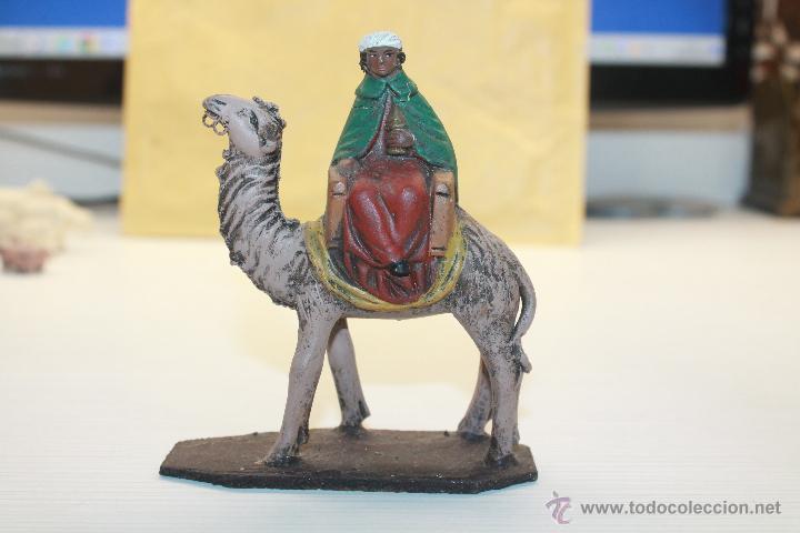 FIGURA DE BELÉN DE BARRO, REY (Coleccionismo - Figuras de Belén)