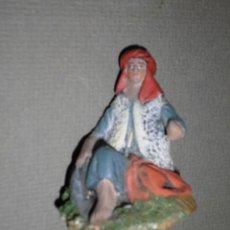 Figuras de Belén: MAESTROS ARTESANOS MURCIA FIGURA BELEN ANTIGUA BARRO PASTOR SENTADO. Lote 132124630