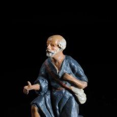 Figuras de Belén: FIGURA DE BELEN O PESEBRE EN TERRACOTA HOMBRE CON CORDERO. Lote 51687811