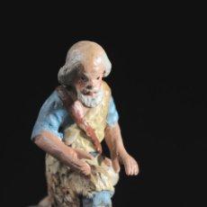 Figuras de Belén: FIGURA DE BELEN O PESEBRE EN TERRACOTA PASTOR ADORANDO. Lote 51733092