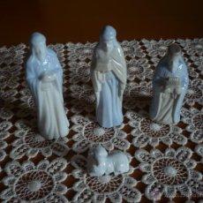 Figuras de Belén: FIGURAS DE BELEN EN PORCELANA 3 REYES Y UNA OVEJA. Lote 52393095