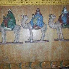 Figuras de Belén: ANTIGUAS FIGURAS DE BELEN , CACHARRERIA , REYES MAGOS CAMELLOS .. TERRACOTA BARRO COCIDO POLICROMADO. Lote 53727645