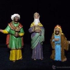 Figuras de Belén: BELÉN. REYES MAGOS DE PIE OLIVER. 9 CM. AÑOS 70 . Lote 53816071