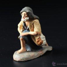 Figuras de Belén: FIGURA DE BELEN O PESEBRE EN TERRACOTA PASTOR ADORANDO. Lote 54006762
