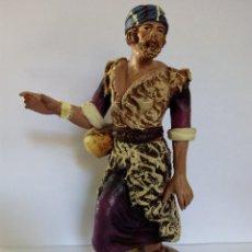 Figuras de Belén: ANTIGUO PASTOR DE TERRACOTA BELÉN AÑOS 40. 20 CENTÍMETROS.. Lote 55072233
