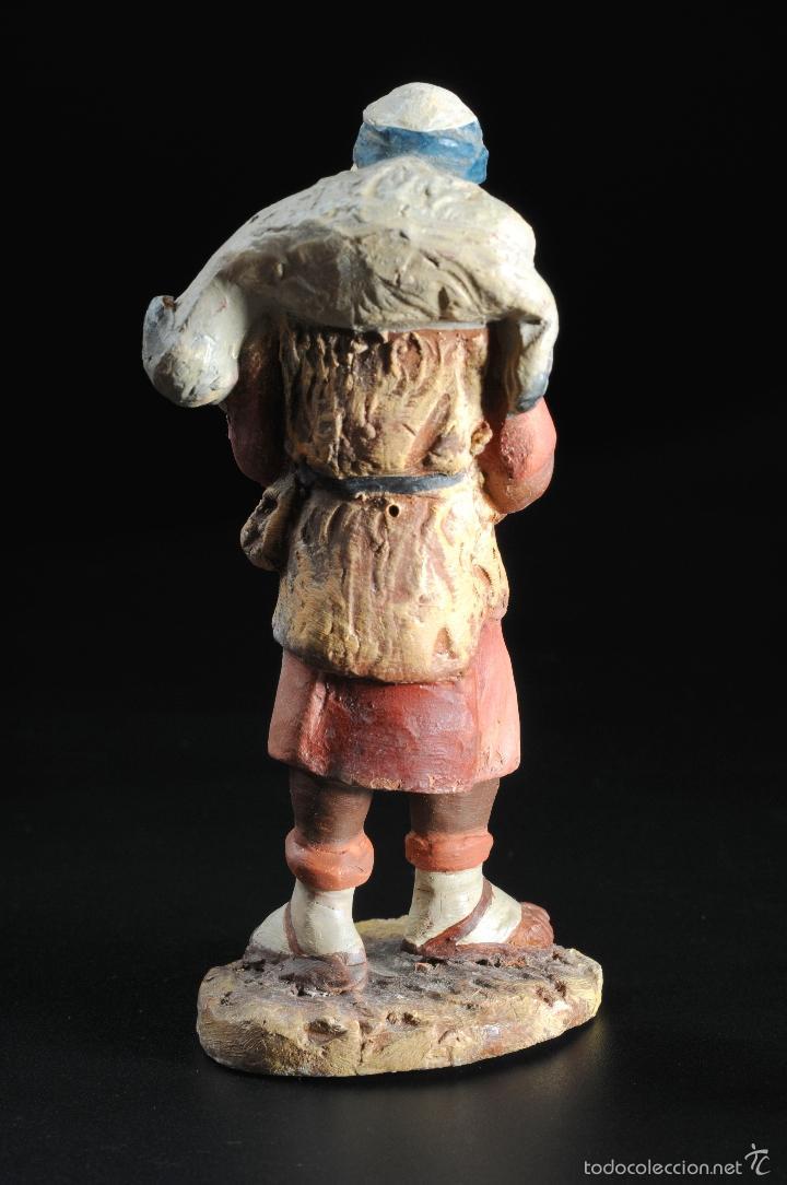 Figuras de Belén: FIGURA DE BELEN O PESEBRE EN TERRACOTA PASTOR CON CORDERO AL HOMBRO - Foto 2 - 55392534