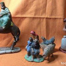 Figuras de Belén: CONJUNTO DE FIGURAS DE PESEBRE ANTIGUAS. Lote 98250827
