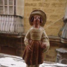 Figuras de Belén: FIGURA DE BARRO ( TERRACOTA) PARA PORTAL DE BELEN CACHARRERIA (PESEBRE), 9 CM . Lote 67085473