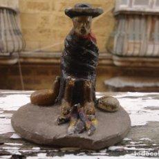 Figuras de Belén: FIGURA DE BARRO ( TERRACOTA) PARA PORTAL DE BELEN CACHARRERIA (PESEBRE), 7 CM APROX. CURA O MONJE. Lote 67085741