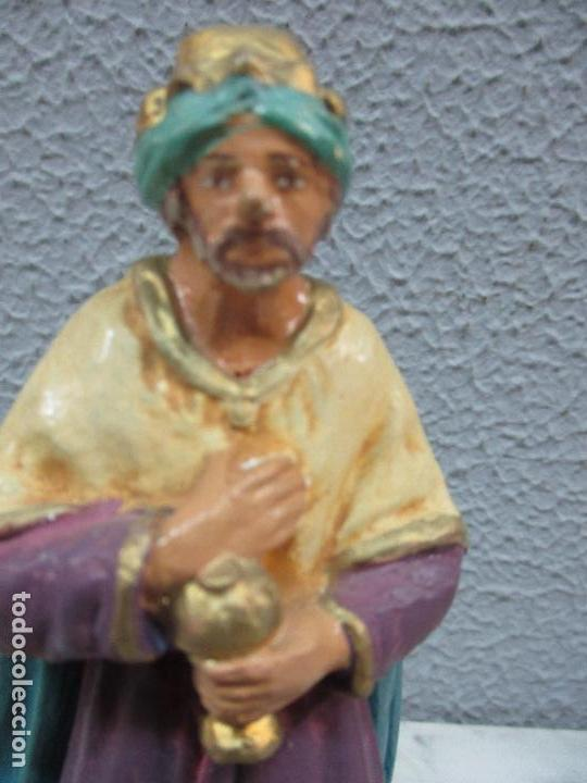 Figuras de Belén: Antiguas Figuras de Belén - Nacimiento - Reyes - Yeso Policromado - 17 cm Altura - Talleres de Olot - Foto 21 - 70150933
