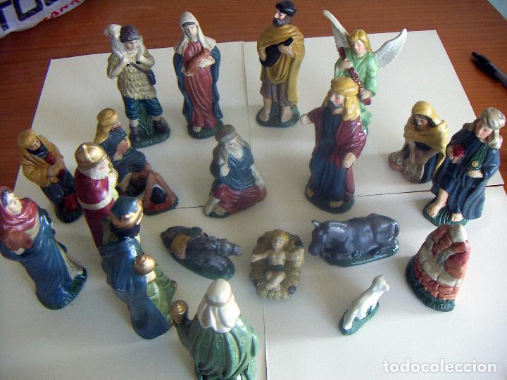 20 FIGURAS DE BELÉN DE CERAMICA O PORCELANA (Coleccionismo - Figuras de Belén)