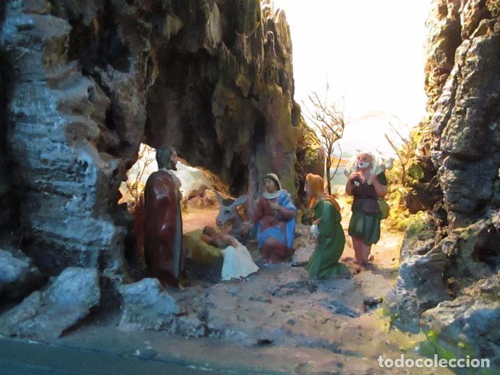 Figuras de Belén: Bonito Pesebre - Belén - Nacimiento - Figuras Terracota Policromada - Iluminado - J. Ferres - Año 48 - Foto 3 - 100733819