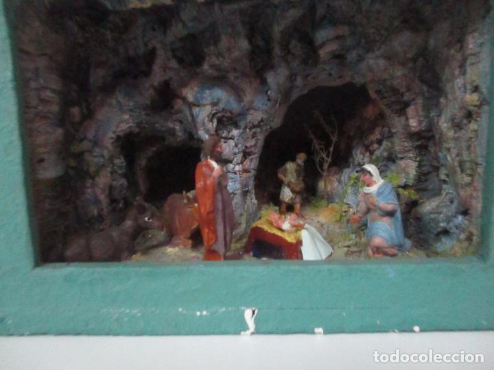 Figuras de Belén: Bonito Pesebre - Belén - Nacimiento - Figuras Terracota Policromada - Iluminado - J. Ferres - Año 48 - Foto 4 - 100734367