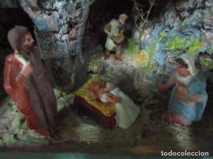 Figuras de Belén: Bonito Pesebre - Belén - Nacimiento - Figuras Terracota Policromada - Iluminado - J. Ferres - Año 48 - Foto 5 - 100734367