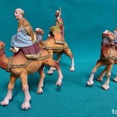 Figuras de Belén: LOTE DE REYES MAGOS, PLÁSTICO, AÑOS 70 . Lote 104982487