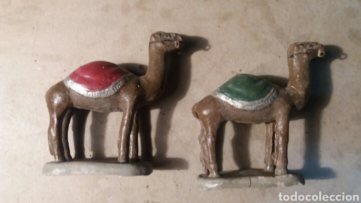 Figuras de Belén: Figuras de Belén antiguas, camellos. - Foto 2 - 105751615