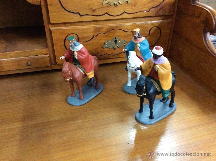 Figuras de Belén: Tres Reyes Magos antiguos - Foto 11 - 53270514
