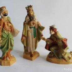 Figuras de Belén: FIGURAS AÑOS 70 DE BELEN REYES MAGOS EN PLÁSTICO DURO DE FONTANINI O MIRETE GRAN TAMAÑO. Lote 107511419