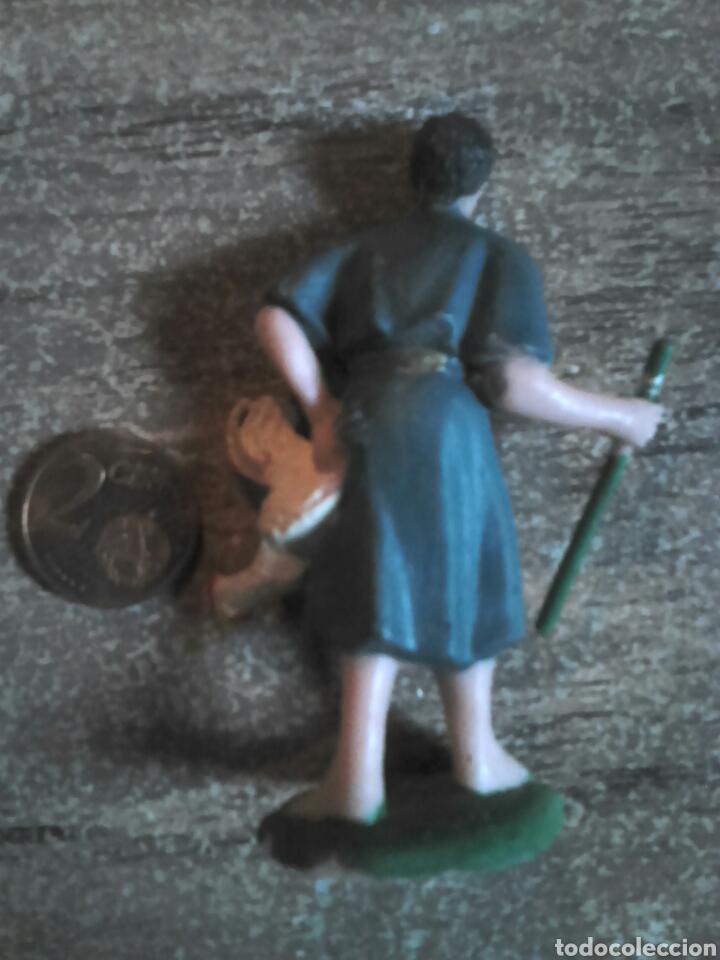 Figuras de Belén: Bonita figura de un belén, goma o pvc,pintado a mano, ver fotos - Foto 2 - 108319702