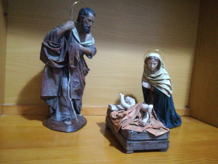 Figuras de Belén: Antiguas figuras de belén, pesebre nacimiento artesanía serrano - Foto 2 - 110664575