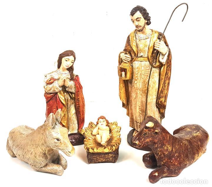 NACIMIENTO DE JESUS. FIGURAS DE ESTUCO POLICROMADO. CIRCA 1960. (Coleccionismo - Figuras de Belén)