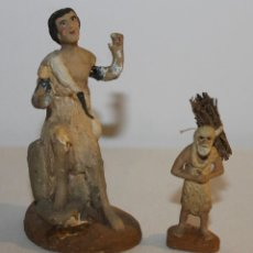 Figuras de Belén: DOS FIGURAS PARA BELÉN EN TERRACOTA POLICROMADA - PASTOR ADORADOR Y LEÑADOR - AÑOS 40. Lote 112175243