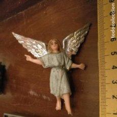 Figuras de Belén: FIGURA DE PORTAL DE BELEN PLASTICO DURO AÑOS 60/70 ANGEL DE LA GUARDA. Lote 113829459