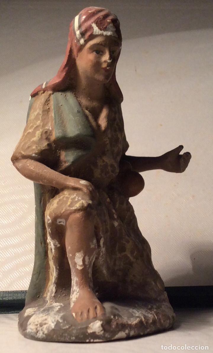 FIGURA ANTIGUA DE PESEBRE, PASTOR ADORANDO (Coleccionismo - Figuras de Belén)