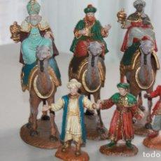 Figuras de Belén: FIGURAS DE BELÉN TRES REYES DE ORIENTE Y SUS PAJES DE OLIVER (PLÁSTICO DURO) INFO MEDIDAS. 28 FOTOS. Lote 122470967