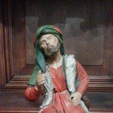 Figuras de Belén: PESCADOR EN BARRO Y LIENZO - MURCIA - 17 CM DE ALTO. Lote 123017879