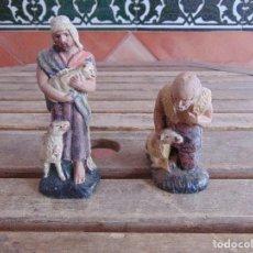 Figuras de Belén: FIGURA DE BELEN EN BARRO , TERRACOTA 2 PASTORES . Lote 123348811