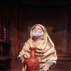 Figuras de Belén: HOMBRE CON CANTARO EN BARRO Y LIENZO. SERRANO - MURCIA. 17,5 CMS DE ALTO.. Lote 124717775