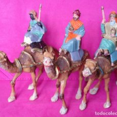 Figuras de Belén: LOTE 3 CAMELLOS PLÁSTICO BELÉN NACIMIENTO 14 CM ALTO AÑOS 70. Lote 130483782