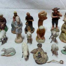 Figuras de Belén: LOTE 20 ANTIGUAS FIGURAS DE BARRO PARA PESEBRE. 2 CON FIRMA DE E.C. VICH. Lote 134286958