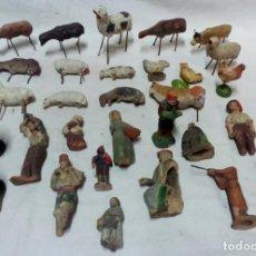 Figuras de Belén: LOTE 30 ANTIGUAS FIGURAS DE PESEBRE DE BARRO PARA REPARACIÓN.. Lote 134287162