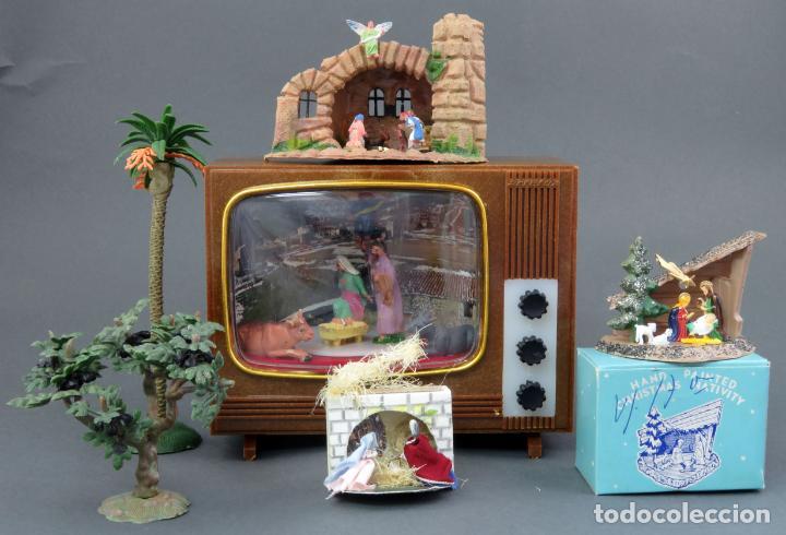 db029ad1e7a 4 Belén Nacimiento miniatura plástico Pech y otras marcas uno Televisión a  cuerda Funciona años 70