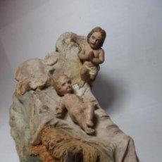 Figuras de Belén: MAGNIFICO NIÑO JESUS ANTIGUAS DE BELEN,SIGLO XIX EN TERRACOTA POLICROMADAS,SALIDA 1 EURO. Lote 136210234