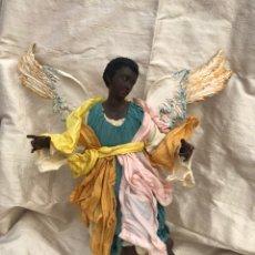 Figuras de Belén: ÁNGEL RAZA NEGRA. BELÉN NAPOLITANO.. Lote 136362329