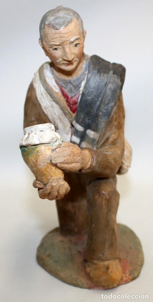 Figuras de Belén: JOSEP MARIA BRULL PAGÈS (Ascó, 1907 - Ripollet, 1995) FIGURA DE BELEN EN TERRACOTA. PESEBRE - Foto 3 - 136367710