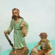 Figuras de Belén: FIGURAS PASTORES DE RESINA. Lote 137434576