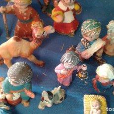 Figuras de Belén: LOTE DE ANTIGUAS FIGURAS DE PLASTICO PARA EL BELEN - CABEZONES - PECH - DISEÑO FERRANDIS. Lote 139285558