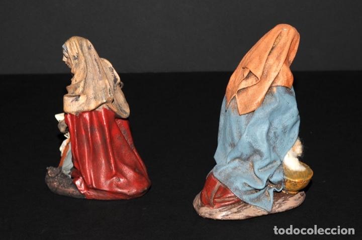 Figuras de Belén: FIGURAS DE BELEN O PESSEBRE EN BARRO O TERRACOTA - LAVANDERA E HILANDERA - Foto 3 - 140137246
