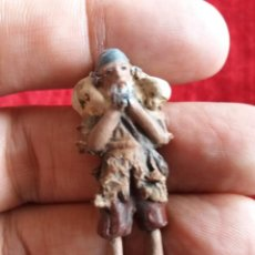 Figuras de Belén: PASTOR MINIATURA CON OVEJA.TERRACOTA. Lote 140613742