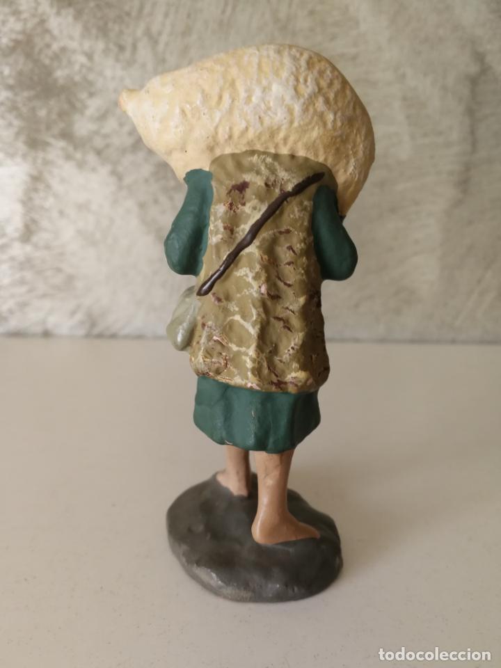 Figuras de Belén: ANTIGUA FIGURA BELÉN BARRO TERRACOTA PASTOR CON CORDERO AL HOMBRO - Foto 3 - 140660290