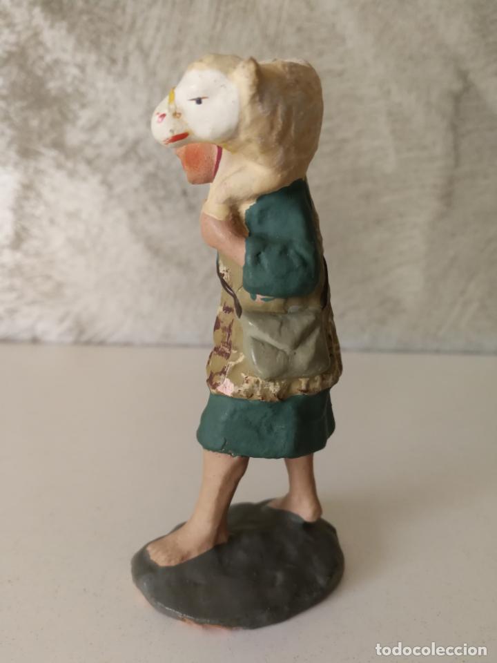 Figuras de Belén: ANTIGUA FIGURA BELÉN BARRO TERRACOTA PASTOR CON CORDERO AL HOMBRO - Foto 4 - 140660290