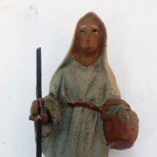 Figuras de Belén: ANTIGUA FIGURA DE BARRO PINTADA A MANO PASTOR AÑOS 40 **** 10 CMS ALTO. Lote 141140294
