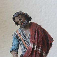 Figuras de Belén: FIGURA DE BELEN NACIMIENTO TERRACOTA Y TELLA ENCOLADA PASTOR ALTURA 8,5 CM BASE 7,5 CM PESO 299 GR. Lote 142748094