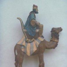 Figuras de Belén: PRECIOSA FIGURA DE REY MAGO DEL PORTAL DE BELEN : GASPAR . DE 21 CM DE ALTURA. FIRMADO. Lote 142986206
